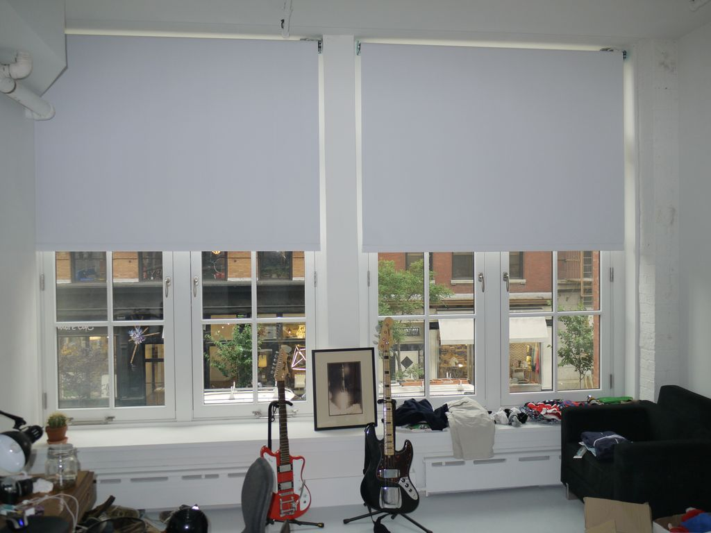 hunter douglas blackout roller shade reverse