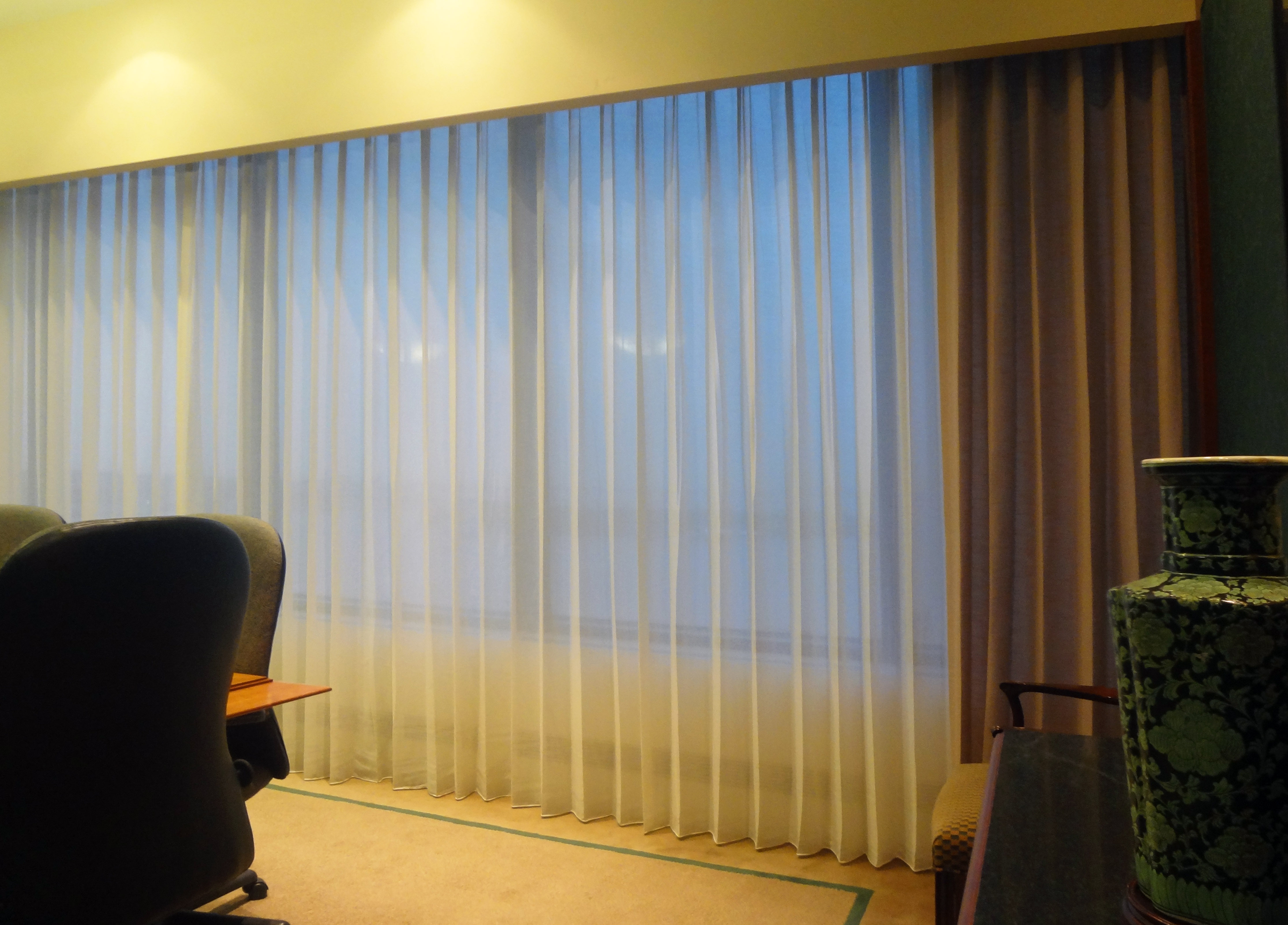 Sheers and side panel drapes ...